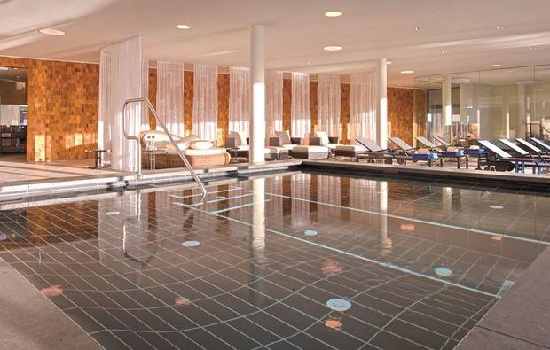 spa-oasen-werfenweng-pool-innen