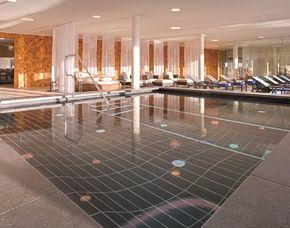 Spa Oasen - Werfenweng Tageseintritt Wellnessbereich, Anwendung mit Bemer-Matte