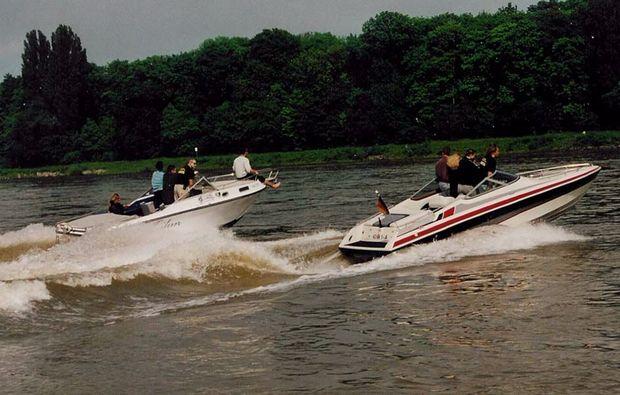 motorboot-fahren-rhein-speyer