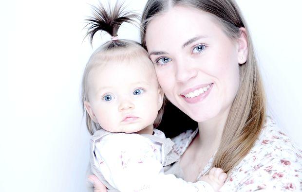 familien-fotoshooting-potsdam-blaue-augen