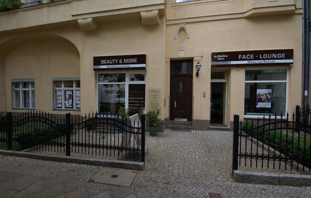 naturkosmetik-behandlung-grossbeeren-bei-berlin-kosmetiksalon