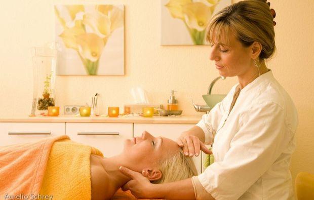 naturkosmetik-behandlung-grossbeeren-bei-berlin-massage