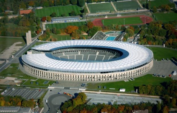 rundflug-fuer-zwei-schoenhagen-stadion
