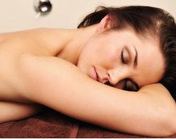 Bild Aromaölmassage - Mit ätherischen Ölen gegen Stress