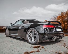 Audi R8 V10 Plus fahren Audi R8 V10 Plus - 9 Stunden