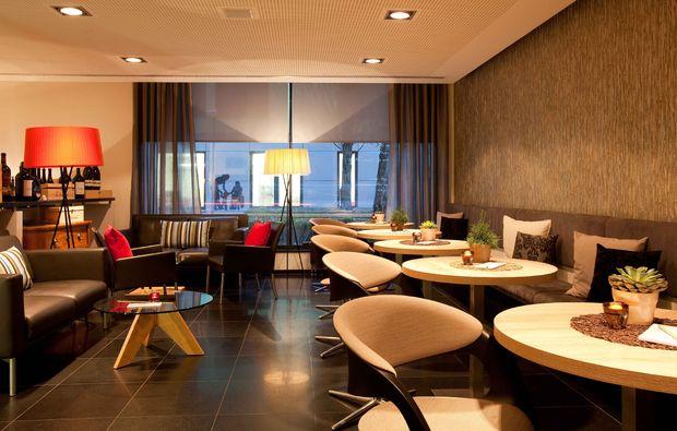 romantikwochenende-stuttgart-lounge