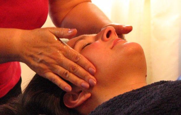 aromaoelmassage-wiesbaden-ayurveda-dreaming
