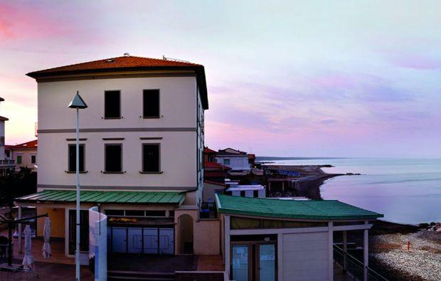kurzurlaub-cecina-mare-hotel