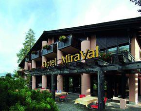 Kurzurlaub inkl. 80 Euro Leistungsgutschein - Hotel Mira Val - Flims Waldhaus Hotel Mira Val