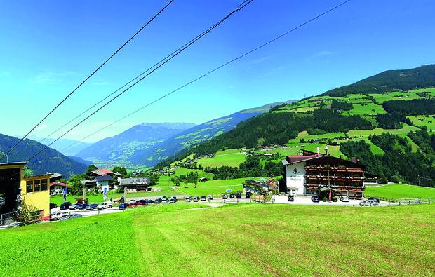 romantikwochenende-hainzenberg-zillertal_big_2
