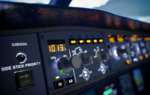 flugsimulator-frankfurt-am-main-cockpit