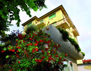 Kurzurlaub inkl. 80 Euro Leistungsgutschein - Hotel Sylvia - Lido di Camaiore (LU) Hotel Sylvia