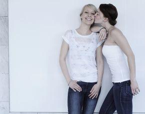 Freunde Fotoshooting inkl. 1 Bild als Print, digital & Poster, ca. 1 Stunde