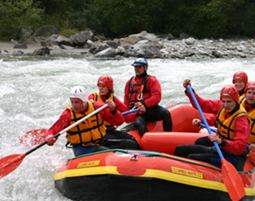 Rafting Wochenende - Gail, inkl. 1 Übernachtung & Halbpension - 2 Tage inkl. Halbpension & Transfer am Fluss