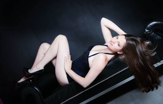 akt-dessous-fotoshooting-duisburg-erotik