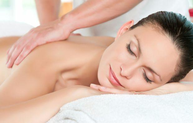spa-oasen-kappelrodeck-massage