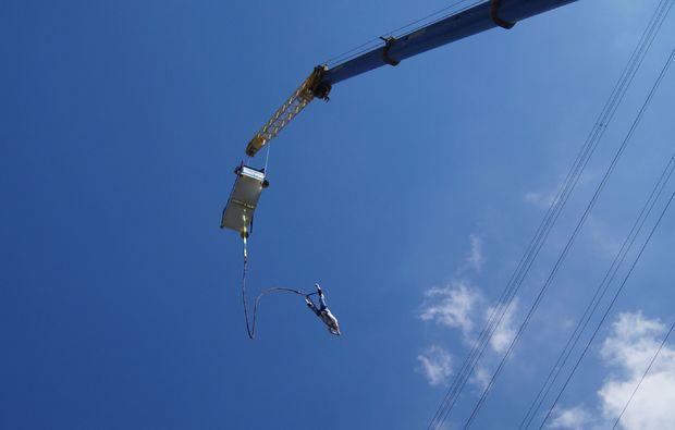 bungee-jumping-duesseldorf-ueberwindung