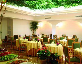 2x2 Übernachtungen inkl. Erlebnis - Hotel Villa Romana - Minori Hotel Villa Romana - Sekt, Obstkorb