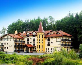 Zauberhafte Unterkünfte (Landhotels für Zwei) GreenLine Hotel Nowa-Ski - Brotzeit, Massage oder 3-Gänge-Menü