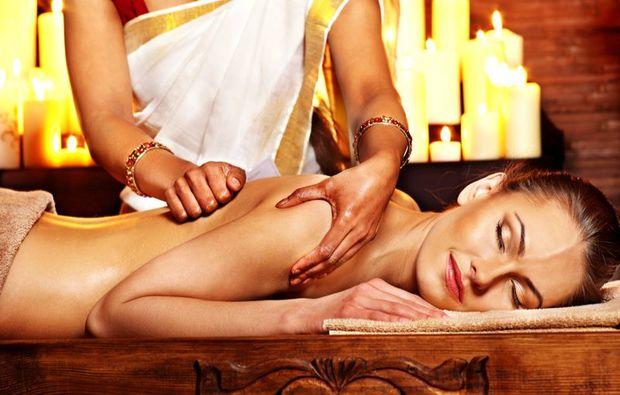 ayurveda-anwendung-wetzlar-massage