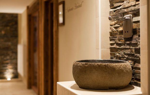 ayurveda-massage-hermsdorf-wellnessbereich