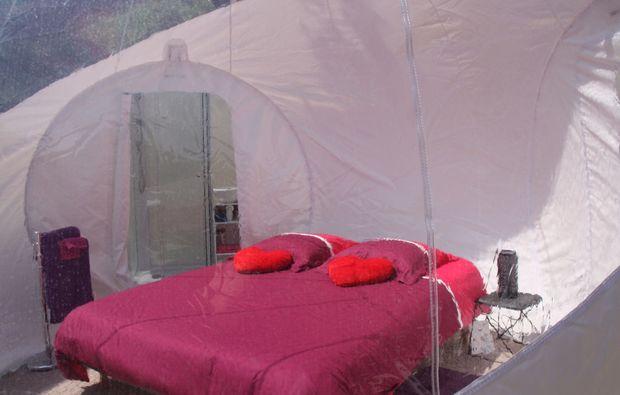 uebernachtung-gourdon-bubble-room