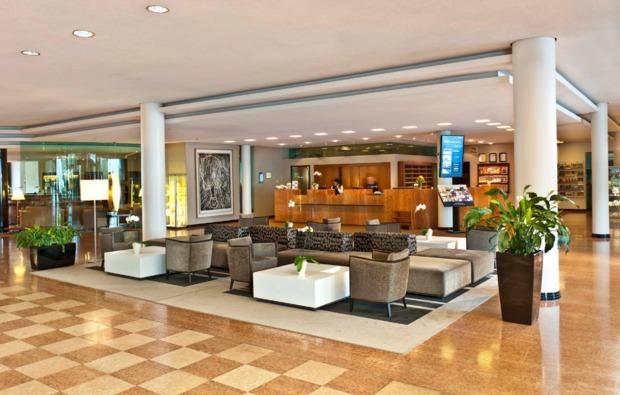 wellness-wochenende-radebeul-lobby