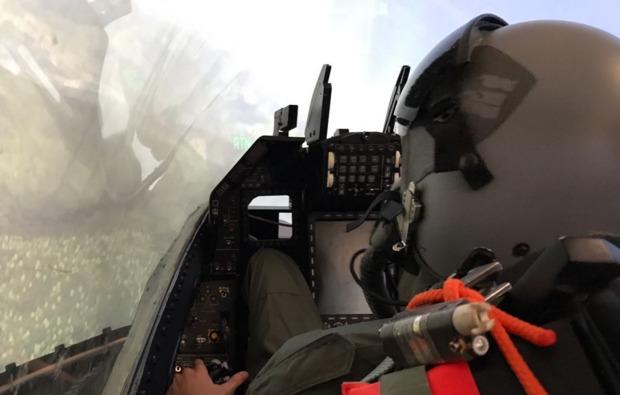 flugsimulator-3d-hamburg-pilot