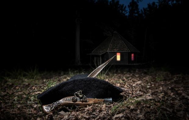 uebernachtung-sleeperoo-steinau-raeuber-pistole