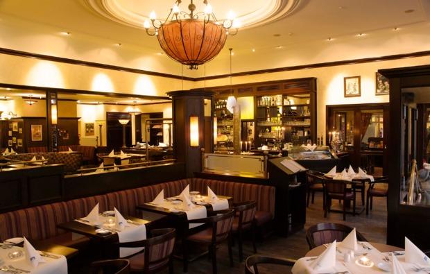 kurzurlaub-am-meer-ostseebad-binz-restaurant