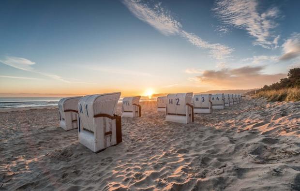 kurzurlaub-am-meer-ostseebad-binz-strand