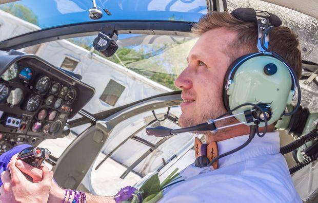 hochzeits-rundflug-strausberg-hubschrauber