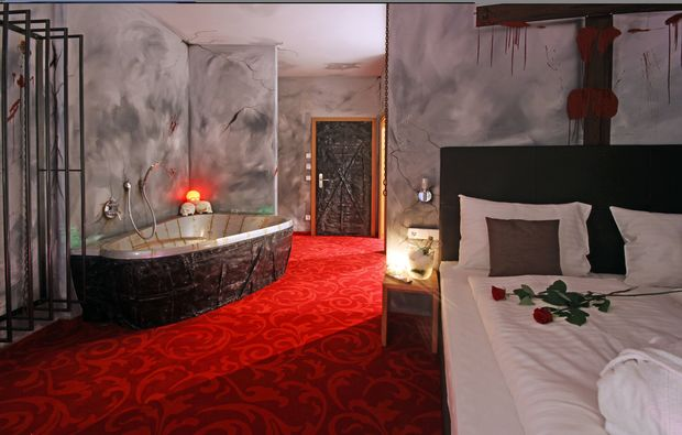 kurzurlaub-alland-uebernachtung-badezimmer