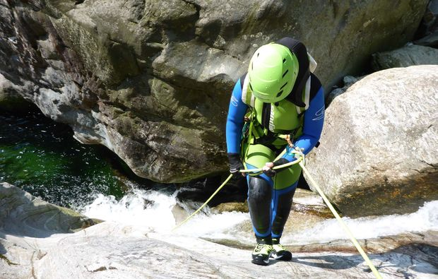 canyoning-tour-blaichach-klettern