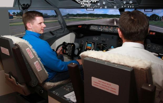 dessau-rosslau-3d-flugsimulator-einweisung