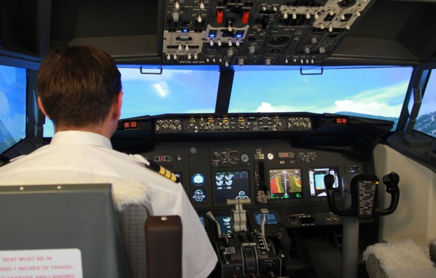 dessau-rosslau-3d-flugsimulator-pilot