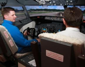Erlebnisse: 3D-Flugsimulator Dessau-Roßlau