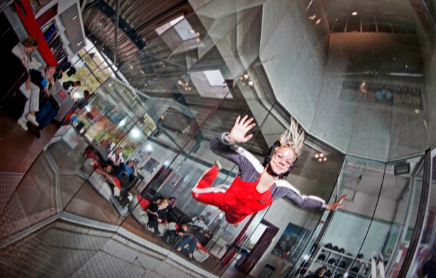 indoor-skydiving-windtunnel-bottrop-luftstrom