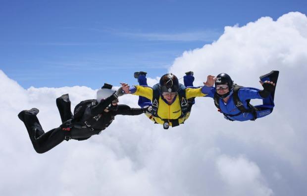 fallschirmsprung-kurs-hoerselberg-hainich-adrenalin