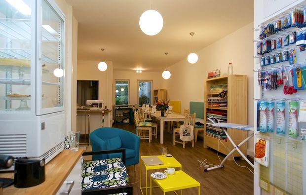 dirndlsch rzen workshop als geschenkidee mydays. Black Bedroom Furniture Sets. Home Design Ideas