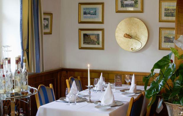 romantisches-candle-light-dinner-fuer-zwei-meerane