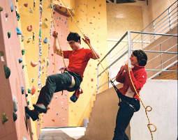Kletterausrüstung Set Einsteiger : Klettern für einsteiger indoorklettern in dresden raum