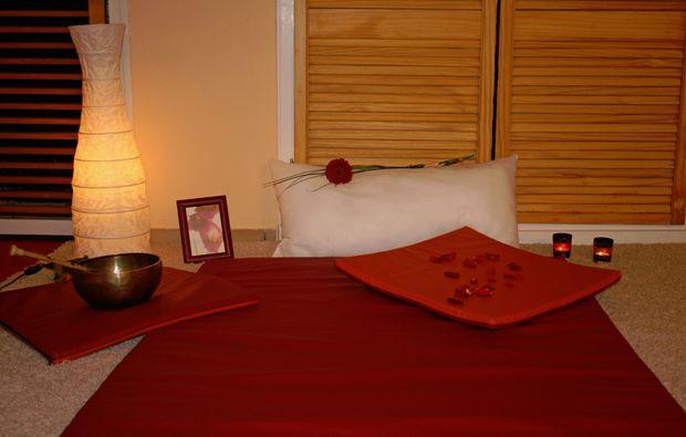 4-hand-massage-koeln-myanna