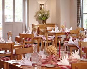 Bild Candle-Light-Dinner für Zwei - Romantisches Essen bei Kerzenschein