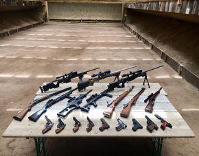 Schießtraining All in One - Karlsruhe Schießtraining mit Pistolen, Gewehren - 3 Stunden