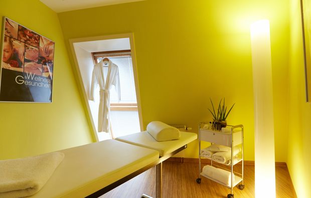 kuschelwochenende-zwickau-massageraum