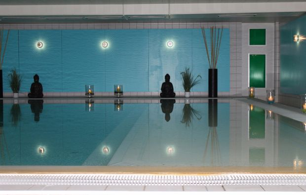 wellnesshotels-bad-salzschlirf-pool