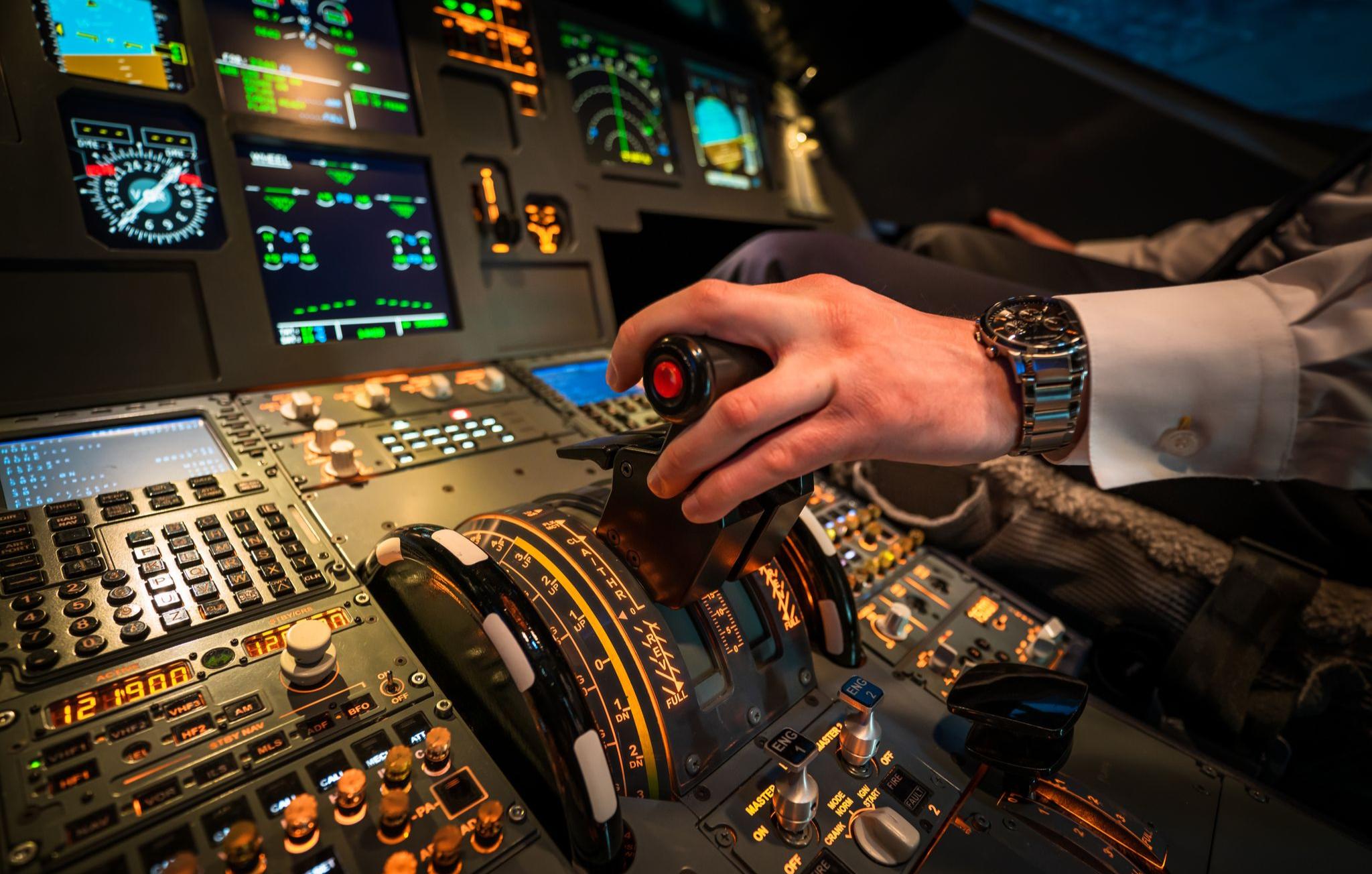 flugsimulator-frankfurt-am-main-cockpit1616414758
