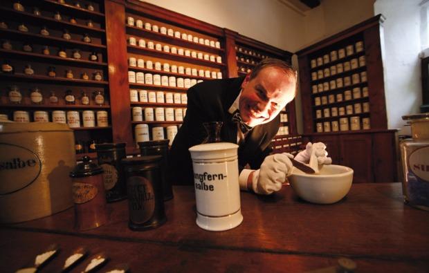 krimidinner-essen-apotheker