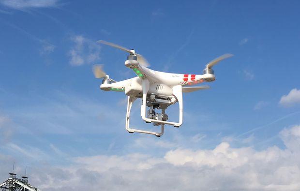 drohnen-schnupperfliegen-strausberg